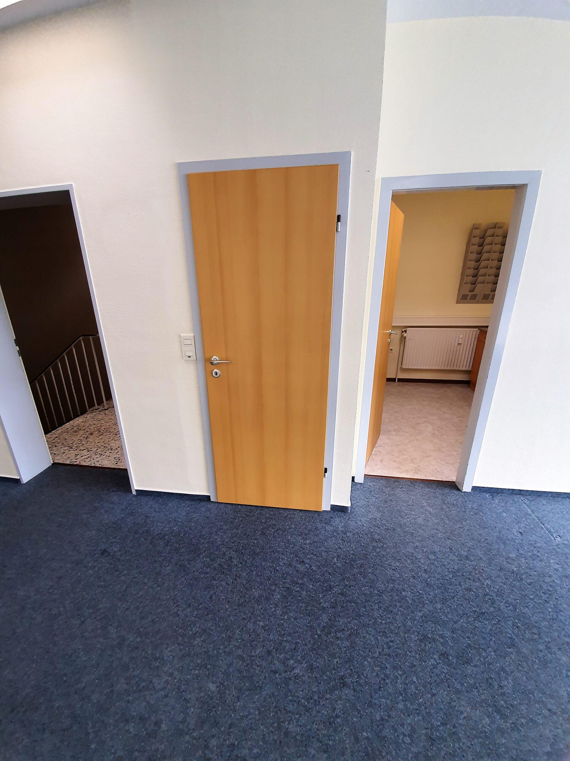 Eingang Büro_Praxis 3